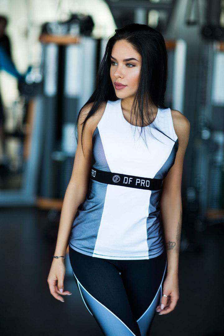 Спортивный женский топ PRO White