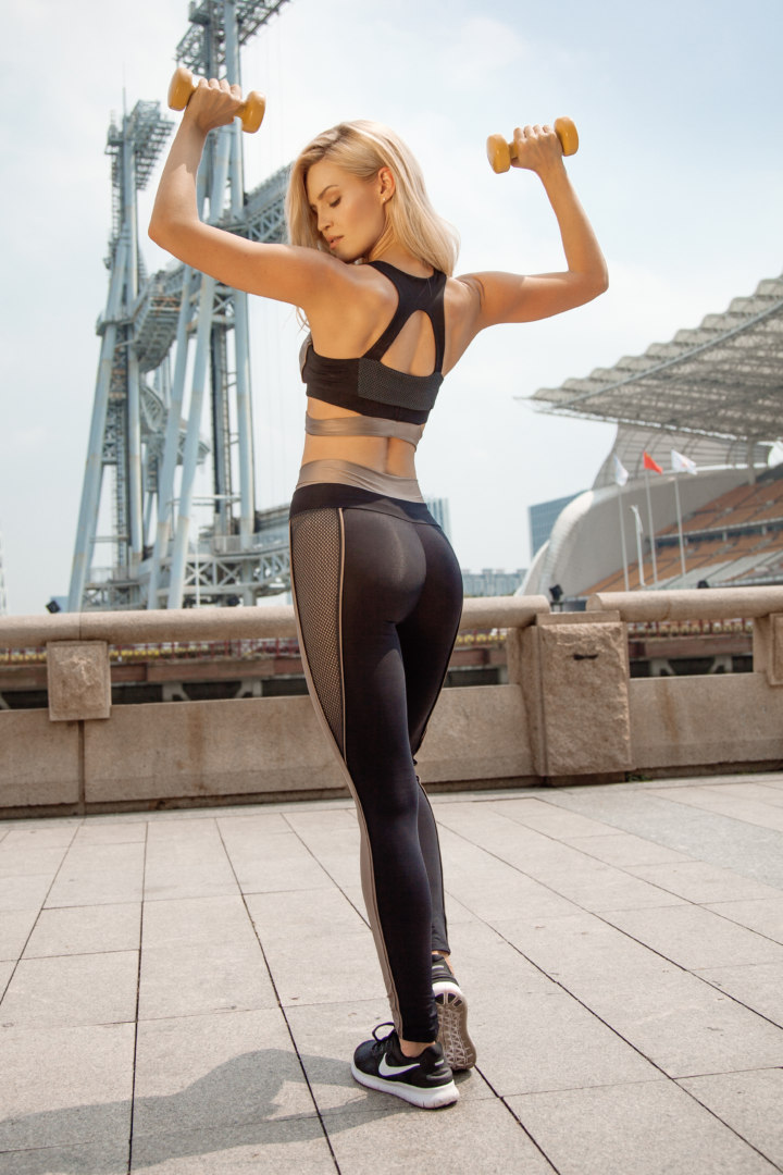 Женский спортивный комплект Disco Nude