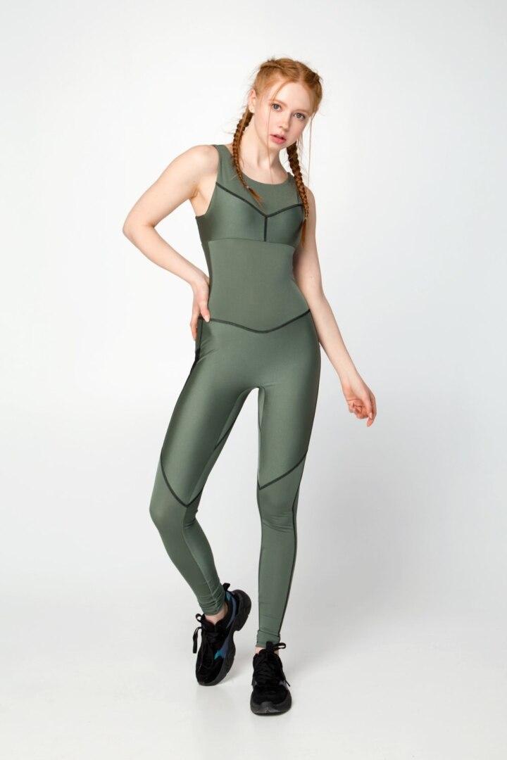 Женский комбинезон для спорта и йоги