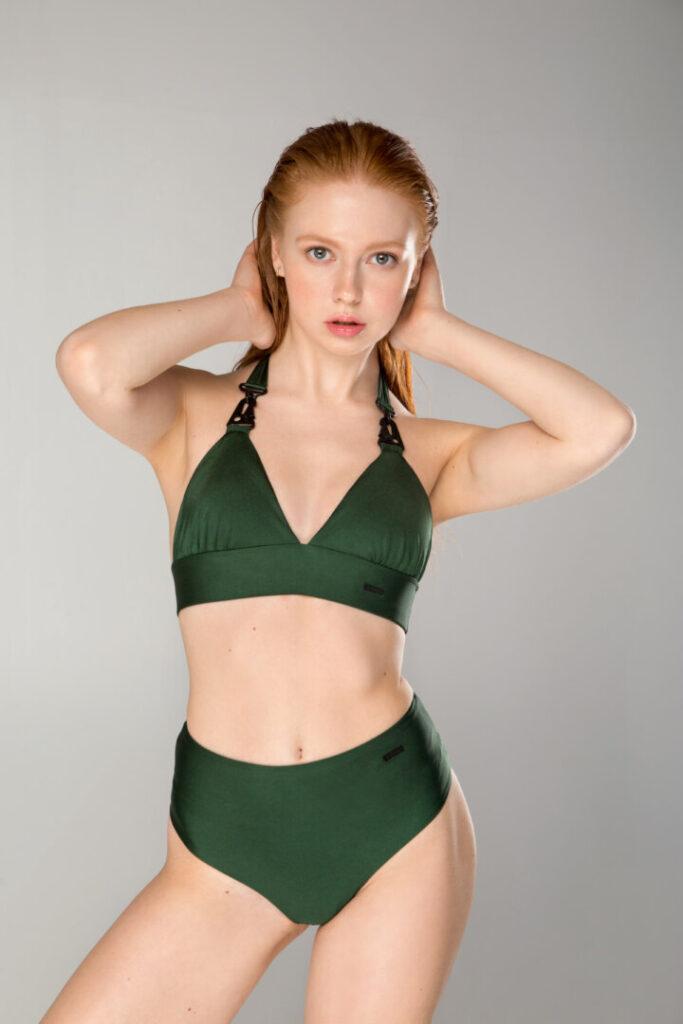 Женский темно зеленый купальник для пляжа и бассейна