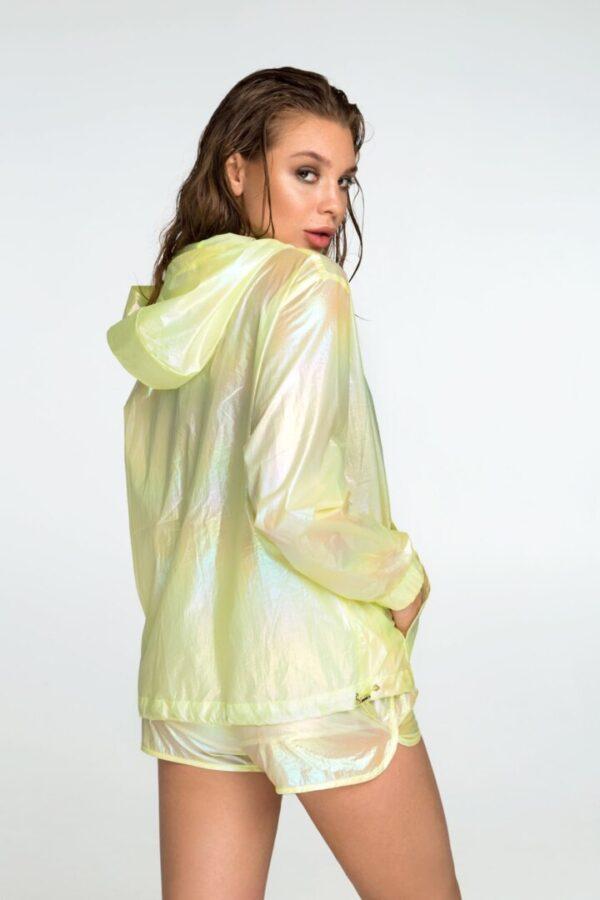 Женская куртка, ветровка для прогулок