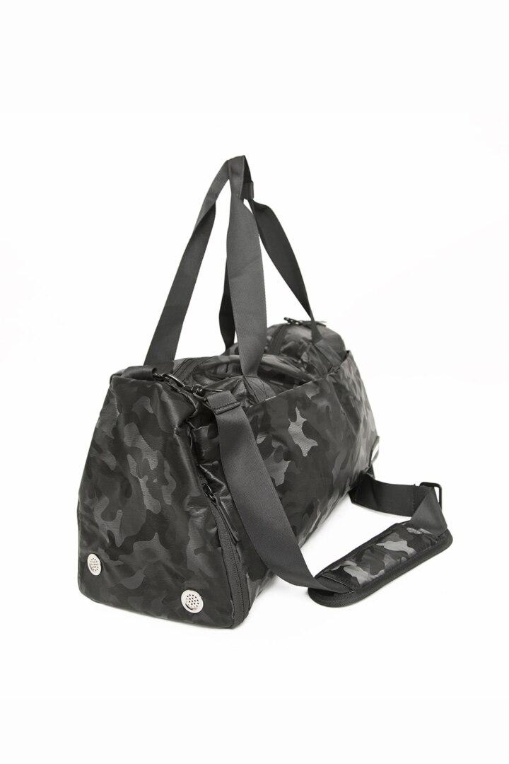 Камуфляжная спортивная сумка для тренировок