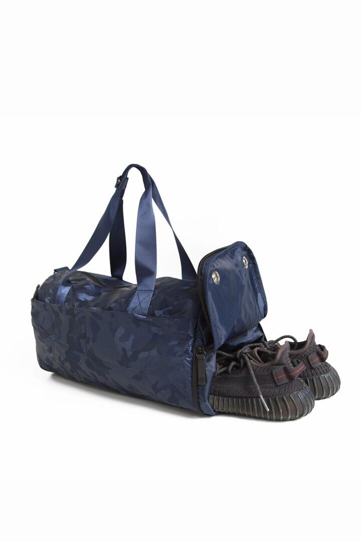 Модная спортивная сумка для спортзала