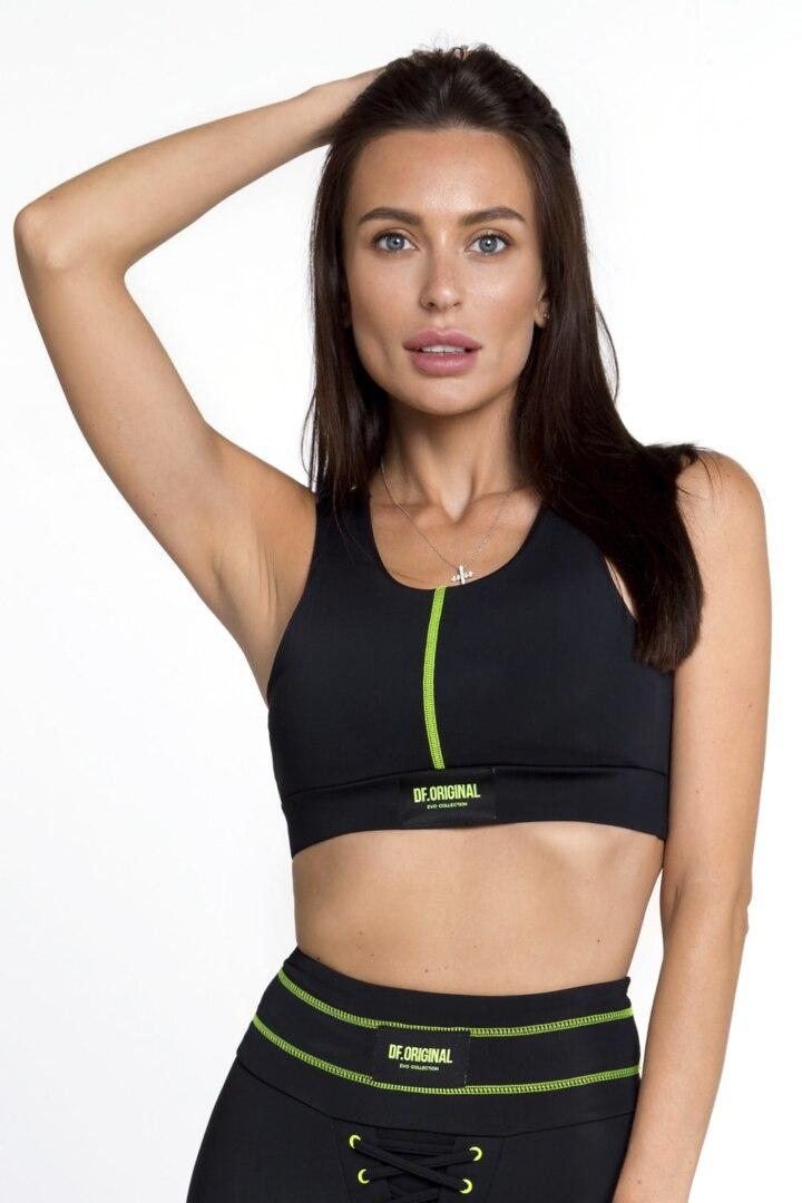 Женский топ для фитнеса и спорта