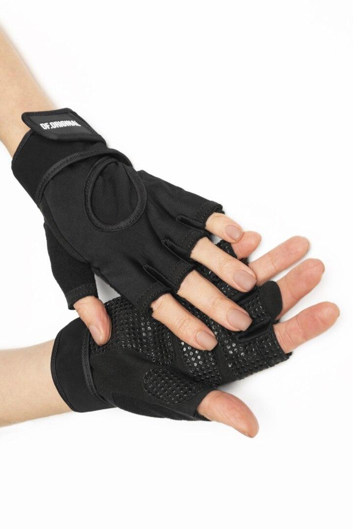 Перчатки для фитнеса на липучке черные