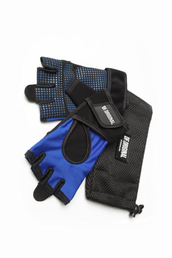 Цветные яркие перчатки для спорта