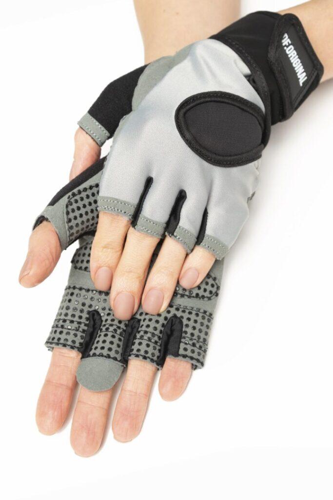 Перчатки для фитнеса и спорта серые