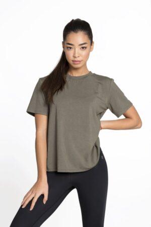 женская спортивная футболка купить в Украине