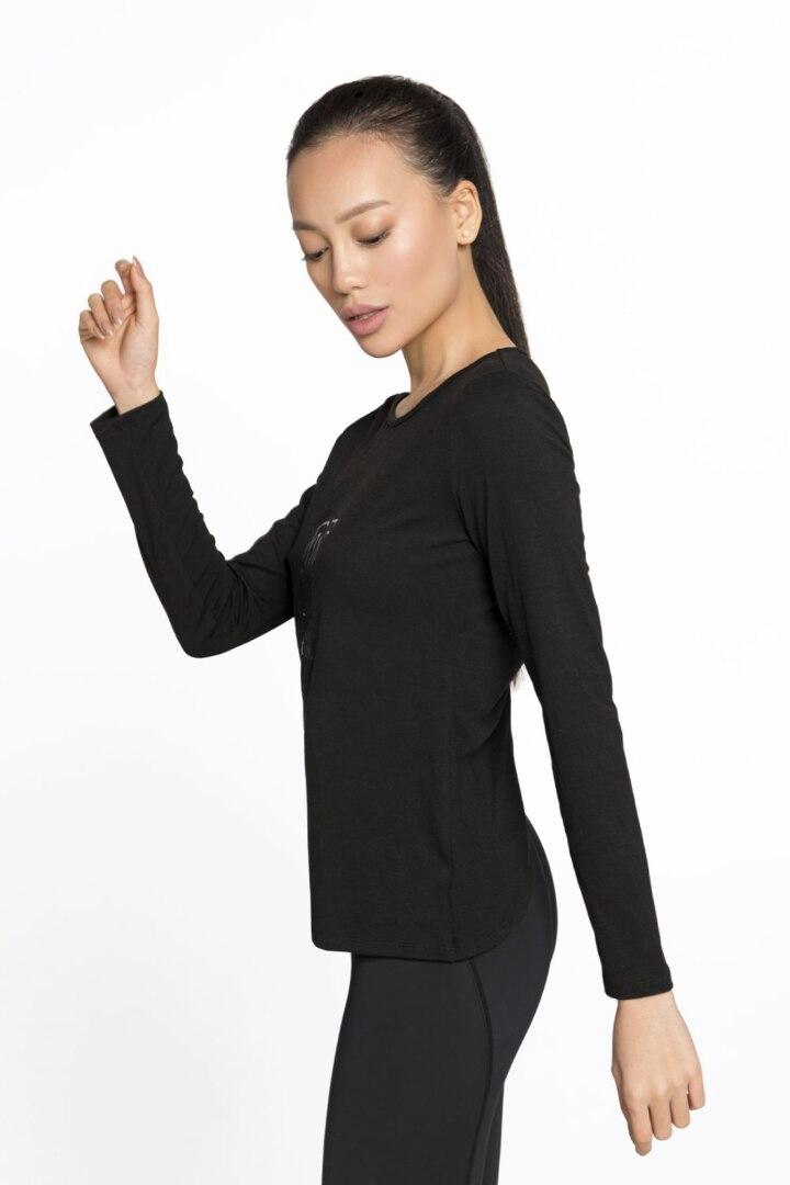 спортивный женский пуловер