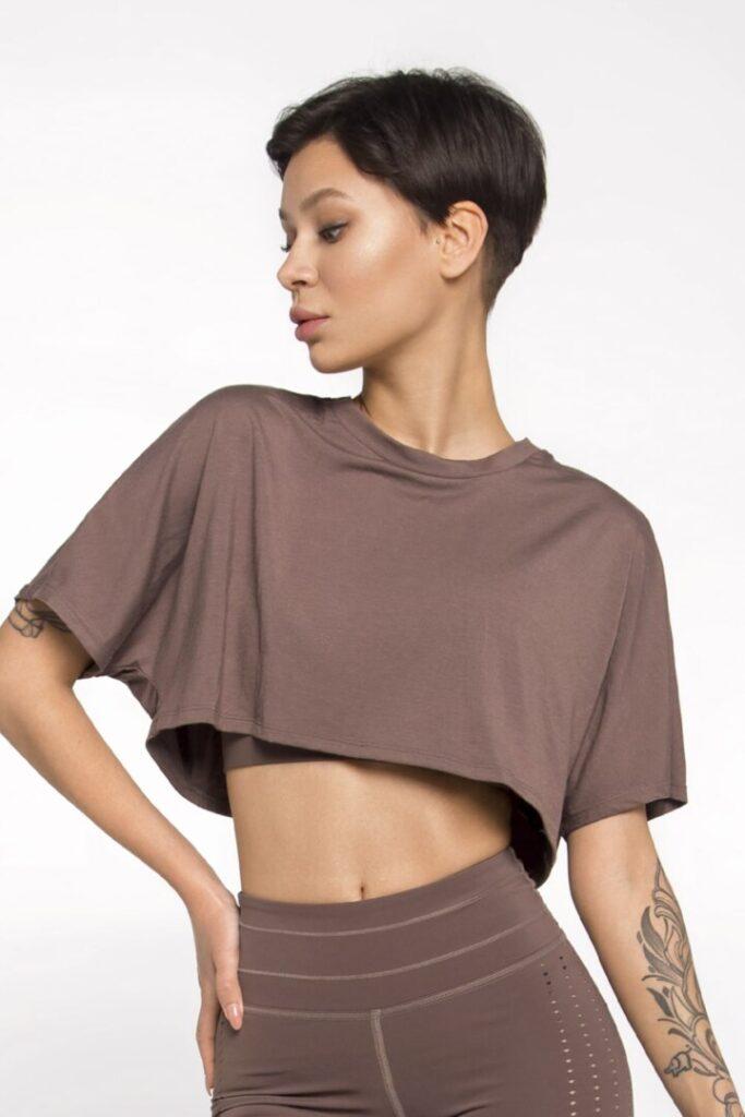 Женская спортивная футболка из натуральной ткани