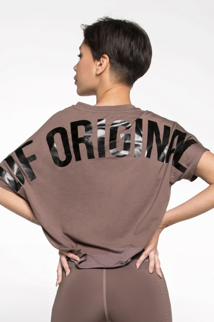 футболка для спорта из натуральной ткани