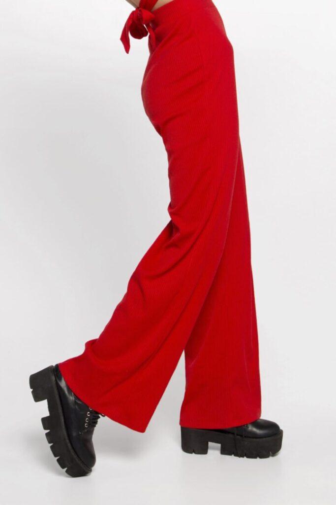 Женские штаны в рубчик