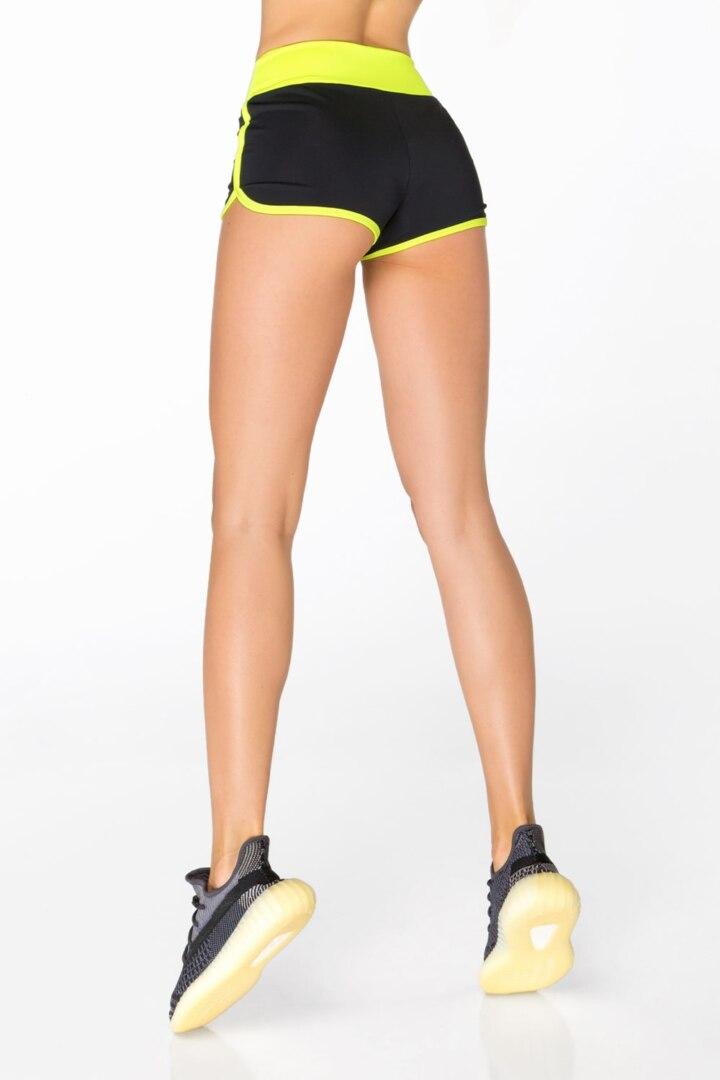 Спортивные шорты черные и желтые высокая посадка